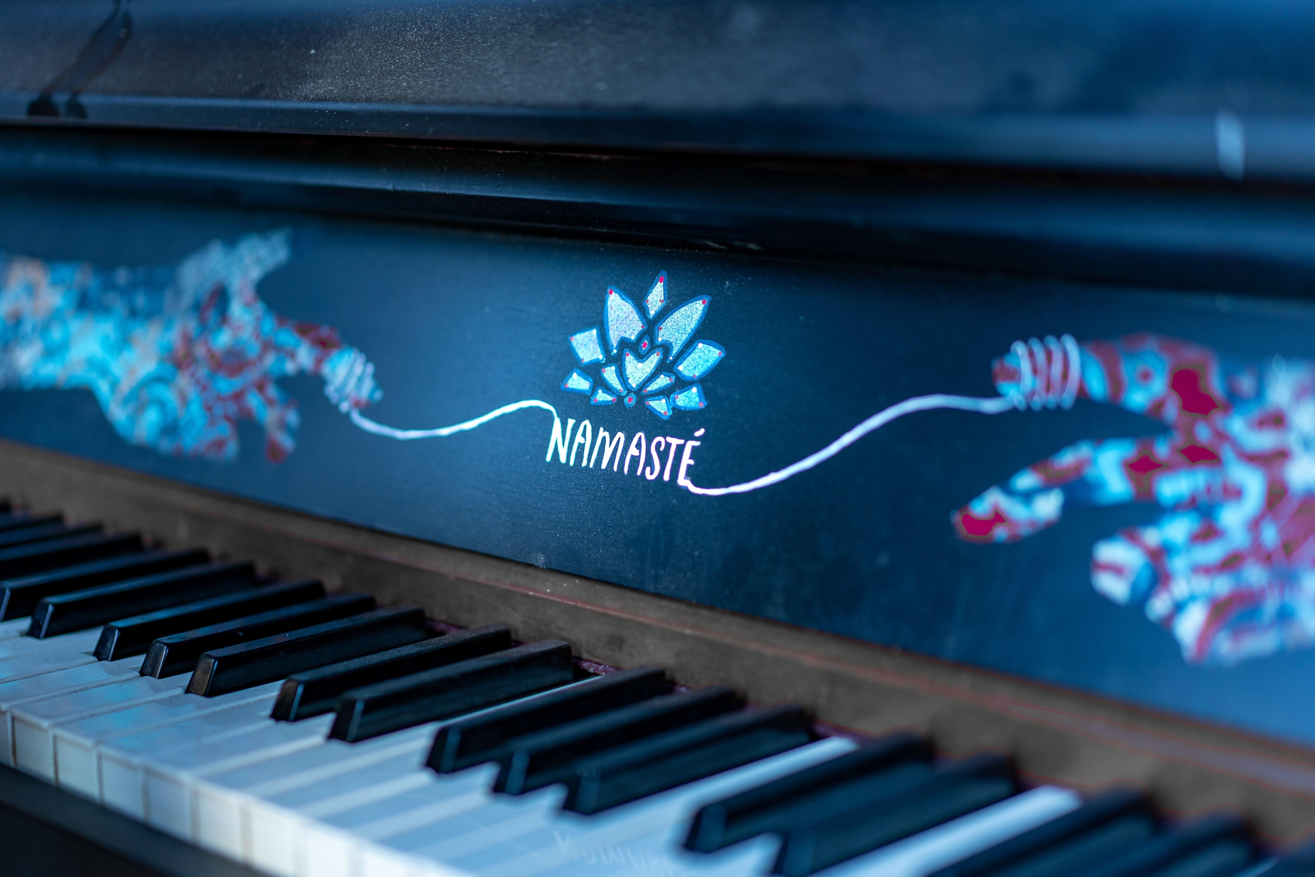 5 steps to begin your soulful piano playing journey